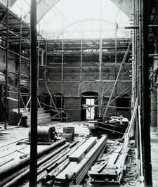 bouw kerk aan de Bachtensteene; interieur