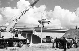 wegverbeteringen en viaduct even ten oosten van Kloetinge, offciële opening