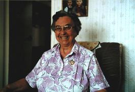 Amalia van Maele, lange tijd als koffiejuffrouw de enige vrouw op de ACZC; haar …