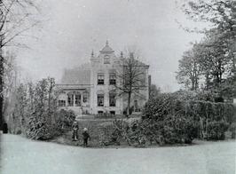 villa van jhr. van Adrichem Bogaert, later gereformeerd rusthuis; Singelzicht