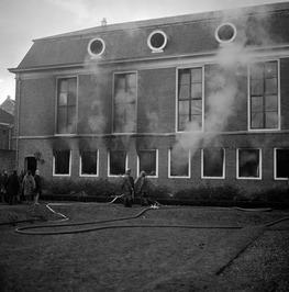 Brand bij de rechtbank.