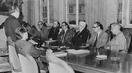 CdK van Aartsen installeert in het provinciehuis de commissie Geschiedschrijving…