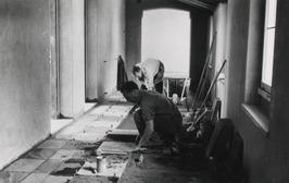 bouw provinciehuis, vloeren leggen