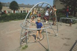 kinderen in klimrek