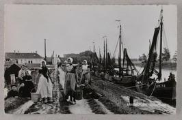 zo lag de vloot vrijdags gemeerd in de thuishaven, door de week lagen de schepen…