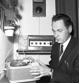 radio Walcheren; montage en sonorisatie van  programma in studio