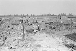 Amateur-archeologen graven naar sporen uit de Romeinse tijd.