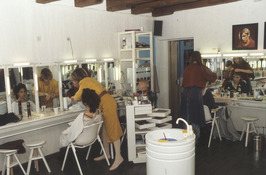 Mieke Petiet; opleidingschool voor visagist(e) en decoratieve make-up