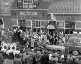 de nieuwe burgemeester Dimmen Lodder van Ellewoutsdijk/Driewegen wordt welkom ge…