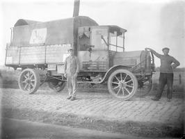 vrachtauto van de grossierderij Gebroeders Catsman; kenteken K-2879 t.n.v. A.I. …
