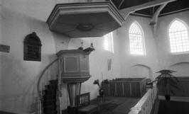 interieur van de Ned. Hervormde kerk