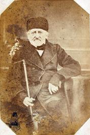 oogarts, geb. 21-12-1785 en overl. 10-04-1867; vader van Heleen Luijken en opa v…