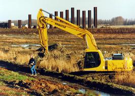 Graafwerkzaamheden op de Axelse Vlakte, uitbreiding industrieterrein.