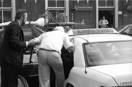 taxi standplaats bij station, Blanker Taxi