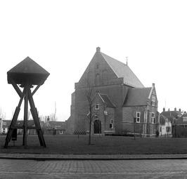 Nederlands Hervormde kerk met houten klokkentoren