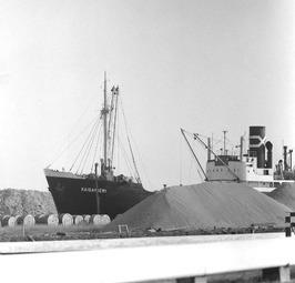 schip Kaisaniemi aan de kade