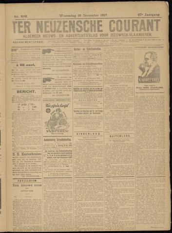 Ter Neuzensche Courant. Algemeen Nieuws- en Advertentieblad voor Zeeuwsch-Vlaanderen / Neuzensche Courant ... (idem) / (Algemeen) nieuws en advertentieblad voor Zeeuwsch-Vlaanderen 1927-12-28