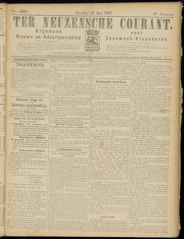Ter Neuzensche Courant. Algemeen Nieuws- en Advertentieblad voor Zeeuwsch-Vlaanderen / Neuzensche Courant ... (idem) / (Algemeen) nieuws en advertentieblad voor Zeeuwsch-Vlaanderen 1907-06-15