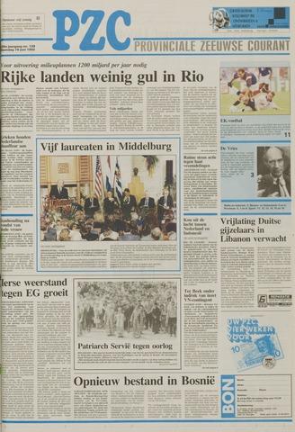 Provinciale Zeeuwse Courant 1992-06-15