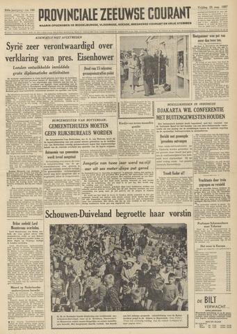 Provinciale Zeeuwse Courant 1957-08-23