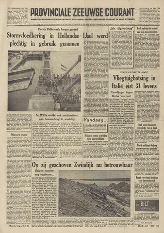 Provinciale Zeeuwse Courant 1958-10-23